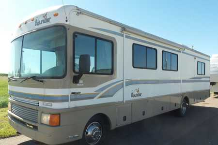 Best 36 RV rentals in North-bay, Ontario  RVs, Motorhomes & Trailers