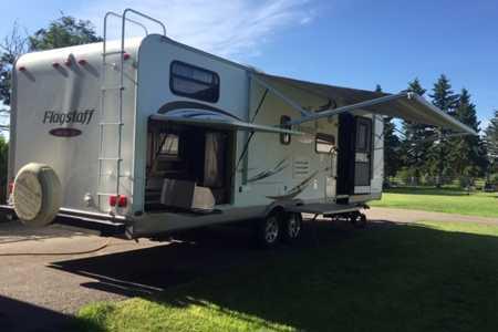 Best 34 RV rentals in Gull-lake, Alberta  RVs, Motorhomes