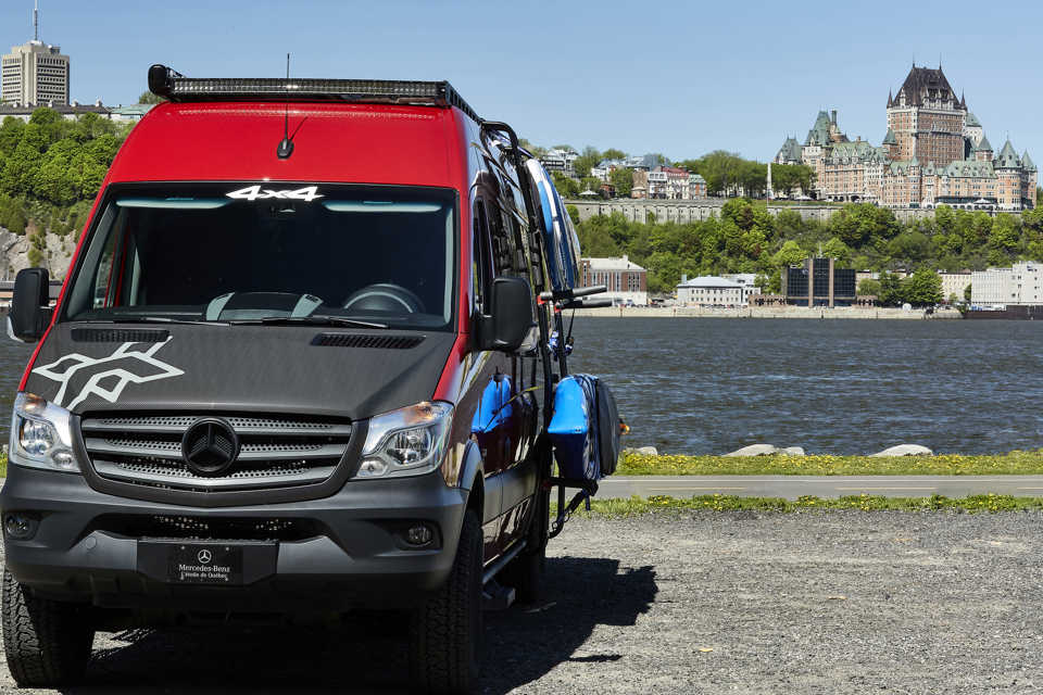 MERCEDES-BENZ - SPRINTER 2500 4X4 in Quebec-City, Quebec