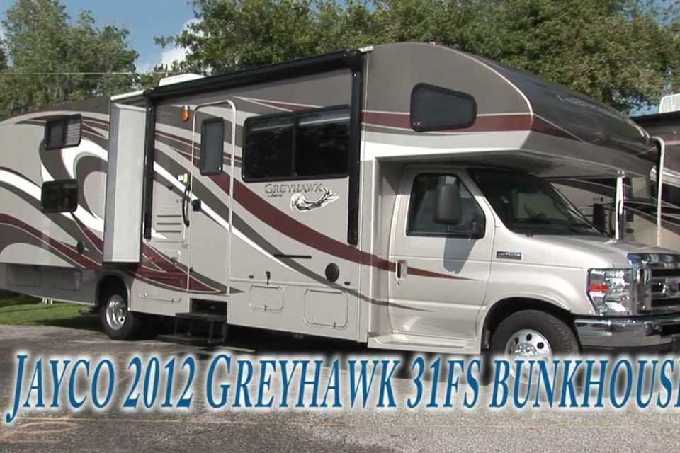 GreyHawk Adventure Machine! With Bunks. Pet friendly! in Trenton, Ontario
