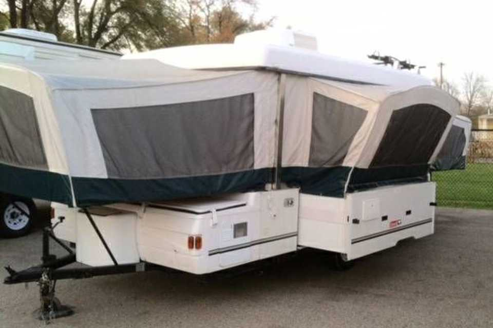 Great Canadian Camping Machine  in Englehart, Ontario
