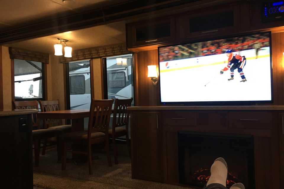 Prime Time - Lacrosse in edmonton, Alberta